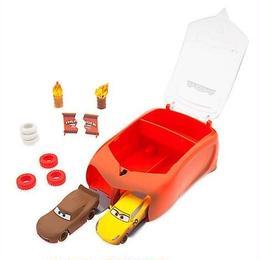 ディズニー・ピクサー カーズ  クロスロード Disney Store 1/43 ダイキャストカー クレイジー8クラッシャー ランチャーセット