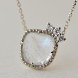 Labradorite diamond necklace (45cm chain)