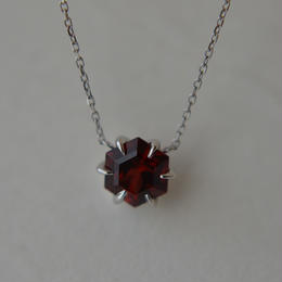 garnet necklace(Pt900,Pt850)