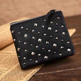 レディーススタッズ二つ折り本革レザー財布