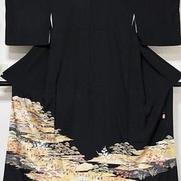 【黒留袖】正絹比翼/落款入り/王朝絵巻/刺繍☆157cm前後の方ベストサイズ【超美品】お薦めです