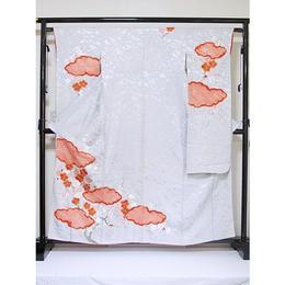 リサイクル【振袖】【正絹】紋綸子/疋田雲に紅梅白梅 刺繍/シルバーグレー☆160cm前後の方【超美品】 お薦めです