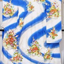【振袖】正絹 綸子/流水 牡丹四季花 花車 刺繍/白地 ブルー/160cm前後の方【美品】