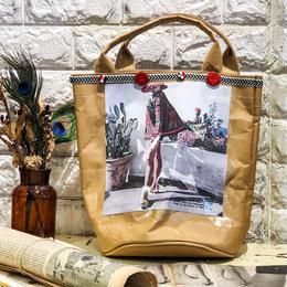フランス古雑誌ラミネートクラフト紙トートバッグ