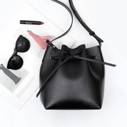 【牛皮】ミニポーチ付き 巾着型ショルダーバッグ (Lサイズ)