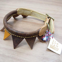 ikoyan for doggy garland collar FLAG (BROWN×TAN)Size M