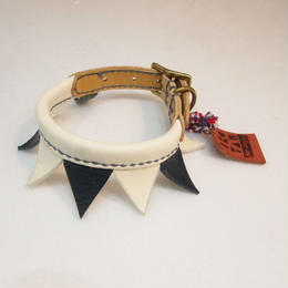 ikoyan for doggy/Garland Collar FLAG (WHT×BLK) サイズS