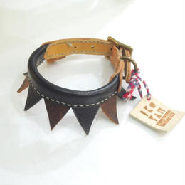 ikoyan for doggy/Garland Collar FLAG (BLK×BRN) サイズXS