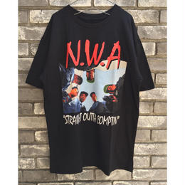 【N.W.A.】STRAIGHT OUTTA COMPTON