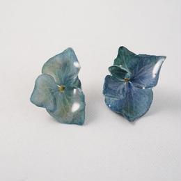 アジサイピアス(blue03)