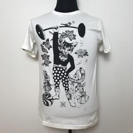 猫とウサギのTシャツ