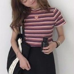 ♡くり抜きシャツ