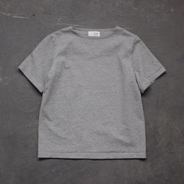 center back tshirt / gray heather