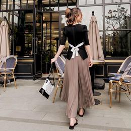 セットアップ❤バックリボンがおしゃれなトップスとプリーツが大人ファッションのパンツの組み合わせ! hdfks961198