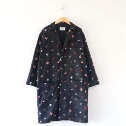 weac.(ウィーク)/花柄刺繍シャツコートMITSUBACHI ブラック