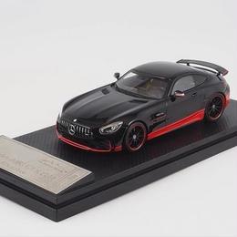 1/43 Almost real メルセデス AMG GT R ブラック/レッド モデルカー ミニカー