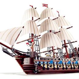 LEPIN レゴ互換 インペリアルフラッグシップ 海賊船 ブロックおもちゃ 10210相当 豪華帆船