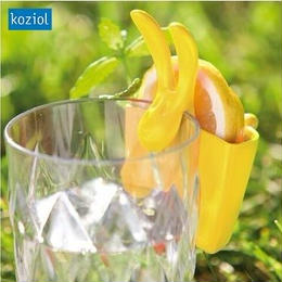 【koziol コジオル】HAZEL うさぎ レモン お菓子ホルダー イエロー、グリーン