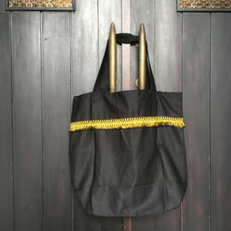 黒色フリンジかばん