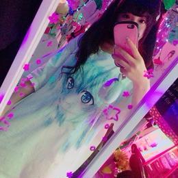 美少女グリッチBIGTシャツ/paulinemarx