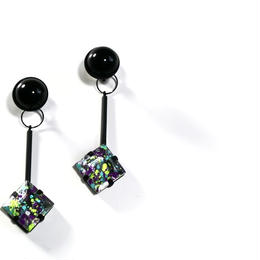 paint furiko _ purple x black pierced / earrings