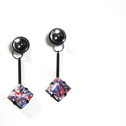 paint furiko _ pink x clear pierced / earrings