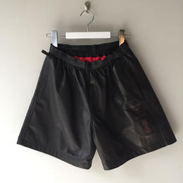 THREE FACE / leather shorts