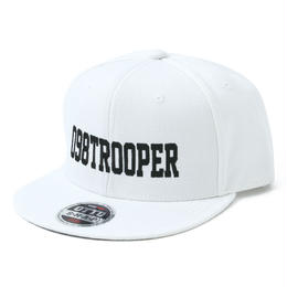 098TROOPER™スナップバックキャップ(ホワイト)