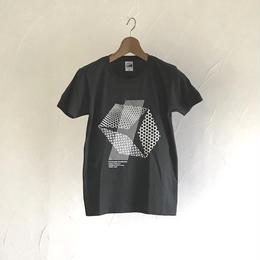 グラフィックTシャツ(伊勢型紙文様)  SMOKE BLACK