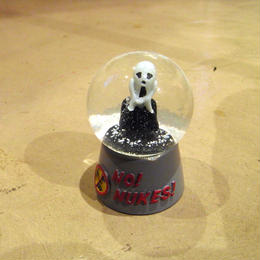 【Snow Dome】NO! NUKES!
