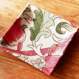 【M'sクラフト】トレーミニ 赤花(ウィリアムモリス) O2-0009