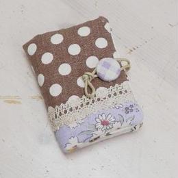 【KANADE】カードケース 紫花×茶ドット P29-425