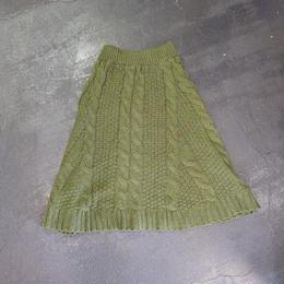 ケーブルニット ミドル丈スカート