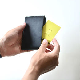 """【 ミナペルホネン 18SS 】 """" luck pack"""" カードケース / black  (WS7536)"""