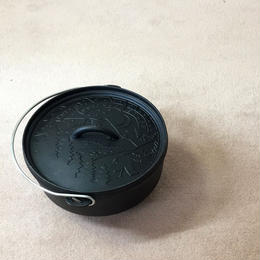 "POLeR ""10""CAST IRON DUTCH OVEN"""