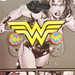【USA直輸入】DCコミックス ワンダーウーマン スタッド ピアス 正規ライセンス品