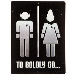 【USA直輸入】スタートレック To Boldly Go トイレ ブリキ看板  エンボス加工 ブリキ 看板 メタルサイン ポスター   壁掛け インテリア  スタトレ
