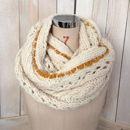 【SALE】bulky cable snood off white