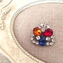 bijou brooch ②  red x blue x orange