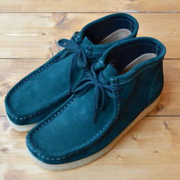 CLARKS WALLABEE BOOT - DARK GREEN SUEDE