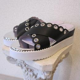 Hutte  scallop sandal black