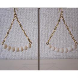 YOCHI coral pierced earrings