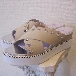 Hutte Scallop sandal beige
