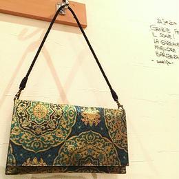 京都産正絹 帯のショルダークラッチバッグ 金糸織 緑青色 華丸文様