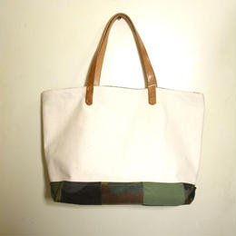 #072 vintage military patchwork bag Large size