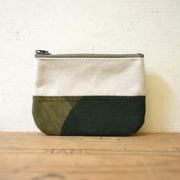 "vintage fabric pouch ""brush camo"""