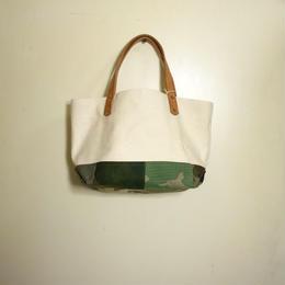 #068 vintage military patchwork bag Large size