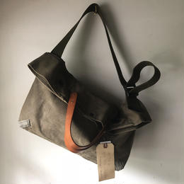 #534 late 70's duffle messenger bag