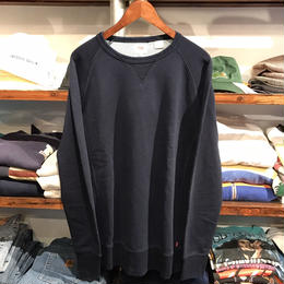 【残り僅か】Levi's Raglan sleeve sweat (Navy)