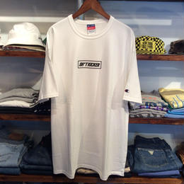 【ラス1】SH*T KICKER 3D BOX LOGO CHAMPION tee(White)